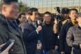 아산시민들, '우한교민 격리수용' 격렬히 반대...경찰과 몸싸움도 벌여